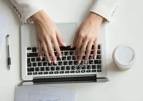 Tutti i vantaggi di imparare a digitare in modo rapido e preciso